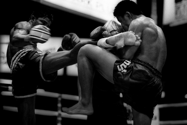 6 Tips to Make the Best of Muay Thai When You Wear Locs