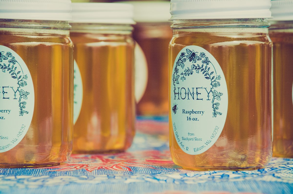 4 Cheap And Easy DIY Honey Hair Masks Recipes That Your Natural Hair Will Love