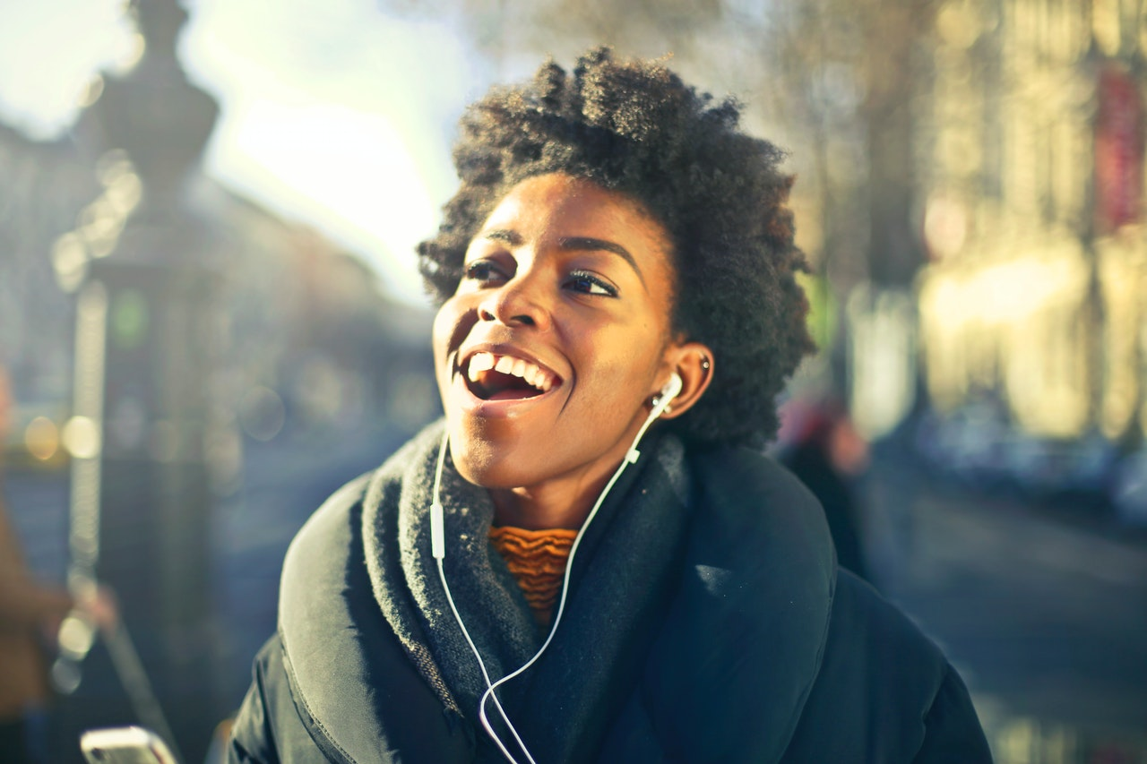 10 Exquisite Ways to Style Short Afro Hair